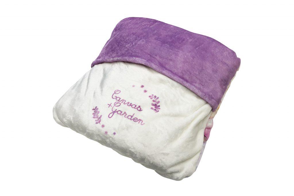 着る毛布の評価 CANVAS+GARDEN  宮坂なこ様